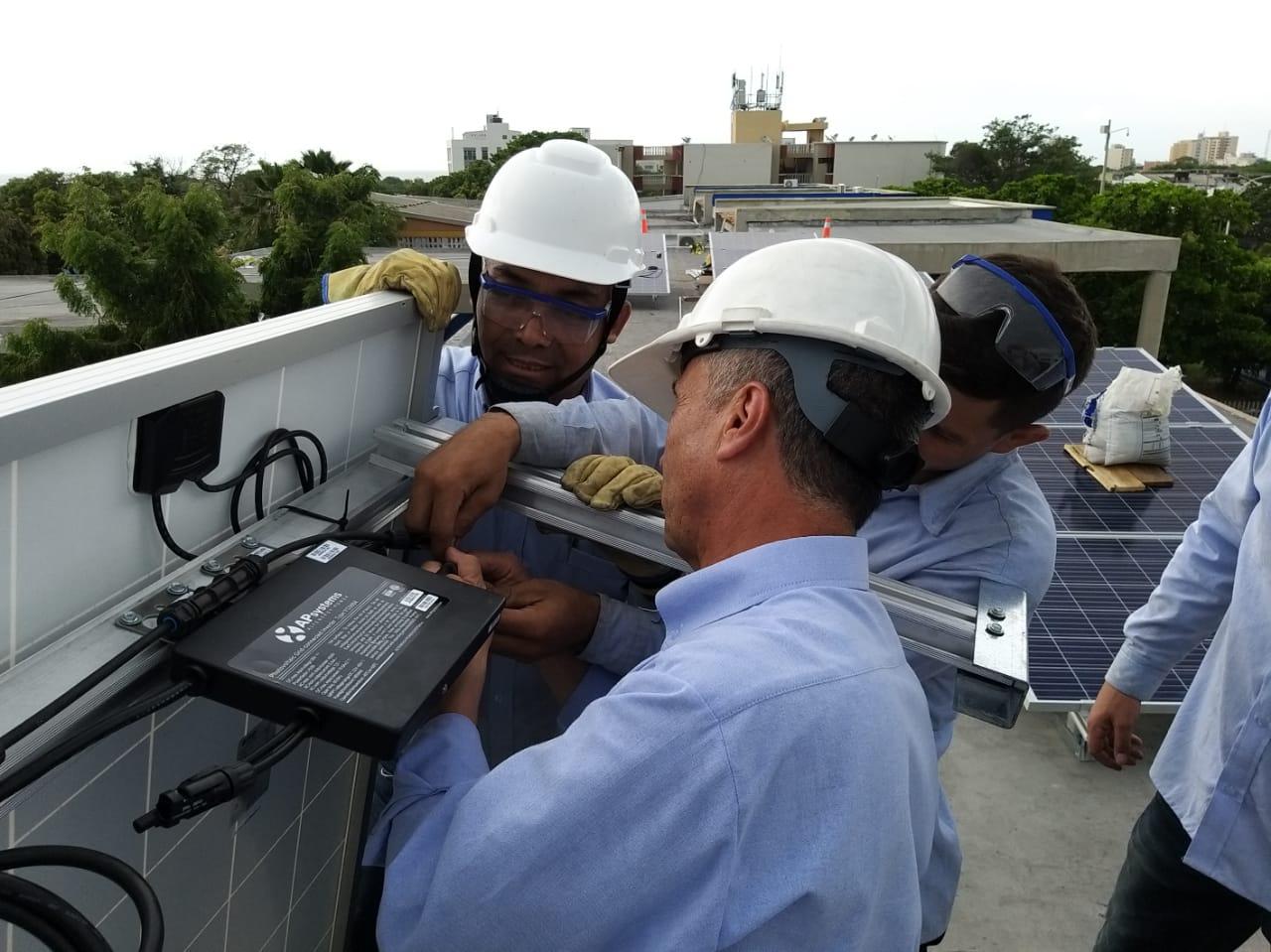 FENOGE <br>Energía Solar Fotovoltaica